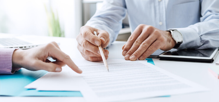 Negotiate a commercial contract